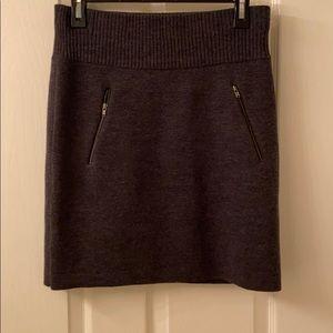 Gray Loft sweater skirt size small